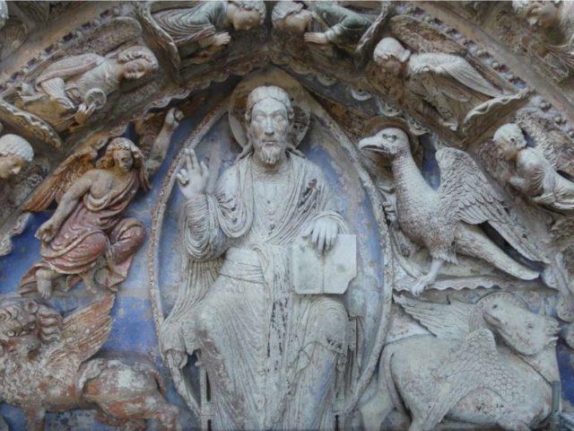 Pórtico policromado de la cathédrale Saint-Maurice d'Angers