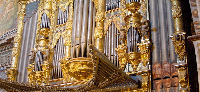 Los_Arcos_-_Iglesia_Sta_Maria_-_organo_1